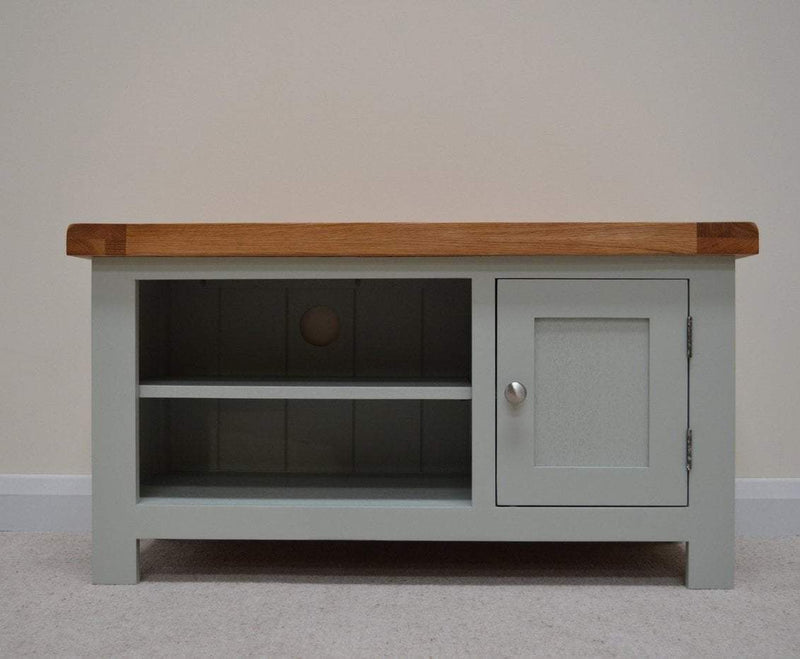 Milton Oak TV Stand / Entertainment Unit