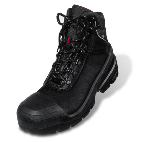 Black Quattro Boot, with Foamed Scuff Cap, Wide Fitting