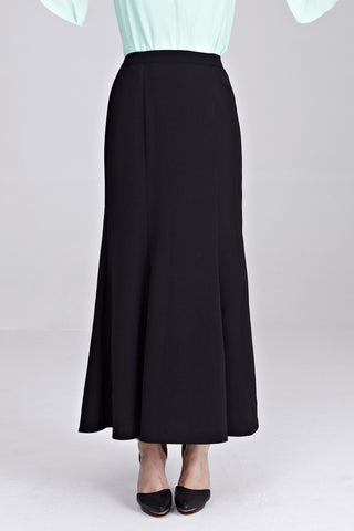 Zira Maxi Skirt in Black