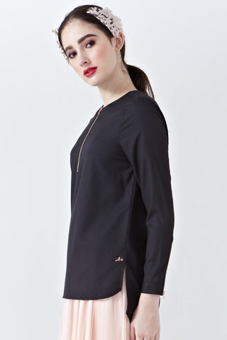 Aliya Long Sleeve Top with Front Zip in Black
