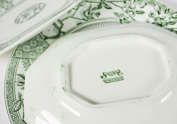"Victoria plates set by ""Keeling & Co"""