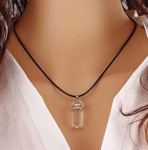 Healing Crystals - Natural Quartz Crystal Stone Point Chakra Healing Gemstone Pendant Necklace ( 5 Colors To Choose From)
