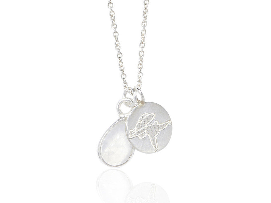 Yoga Bunny's disc necklace - warrior III