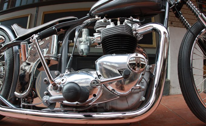 1964 Triumph The 9 O Clock Gun