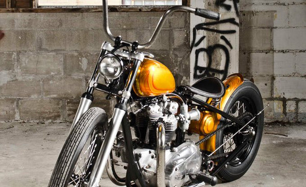 Custom bobber Triumph Photo