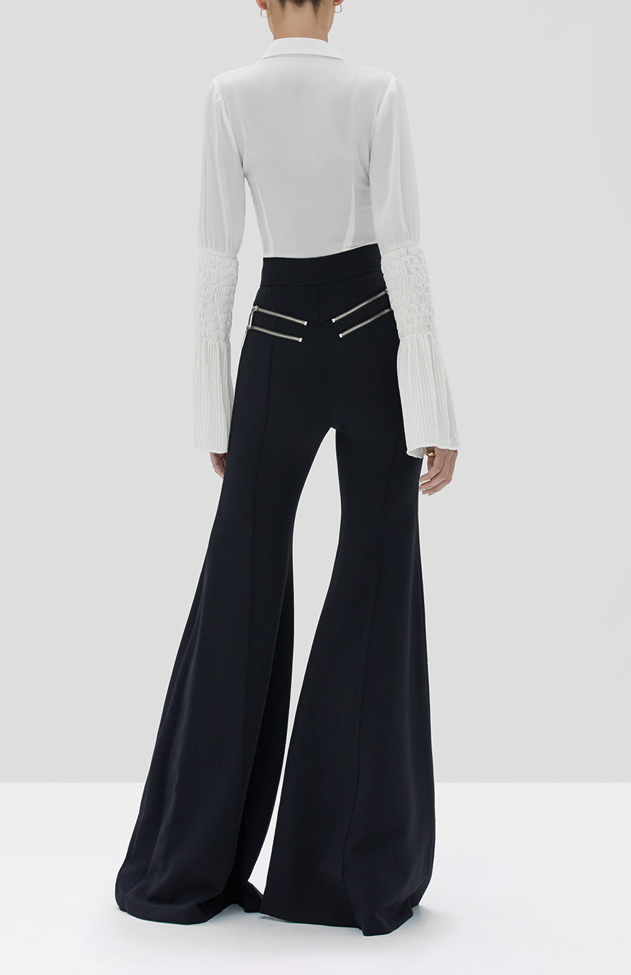 Alexis Chantal Top White and Donlow Pant Black from the Fall Winter 2019 Ready To Wear Collection - Rear View