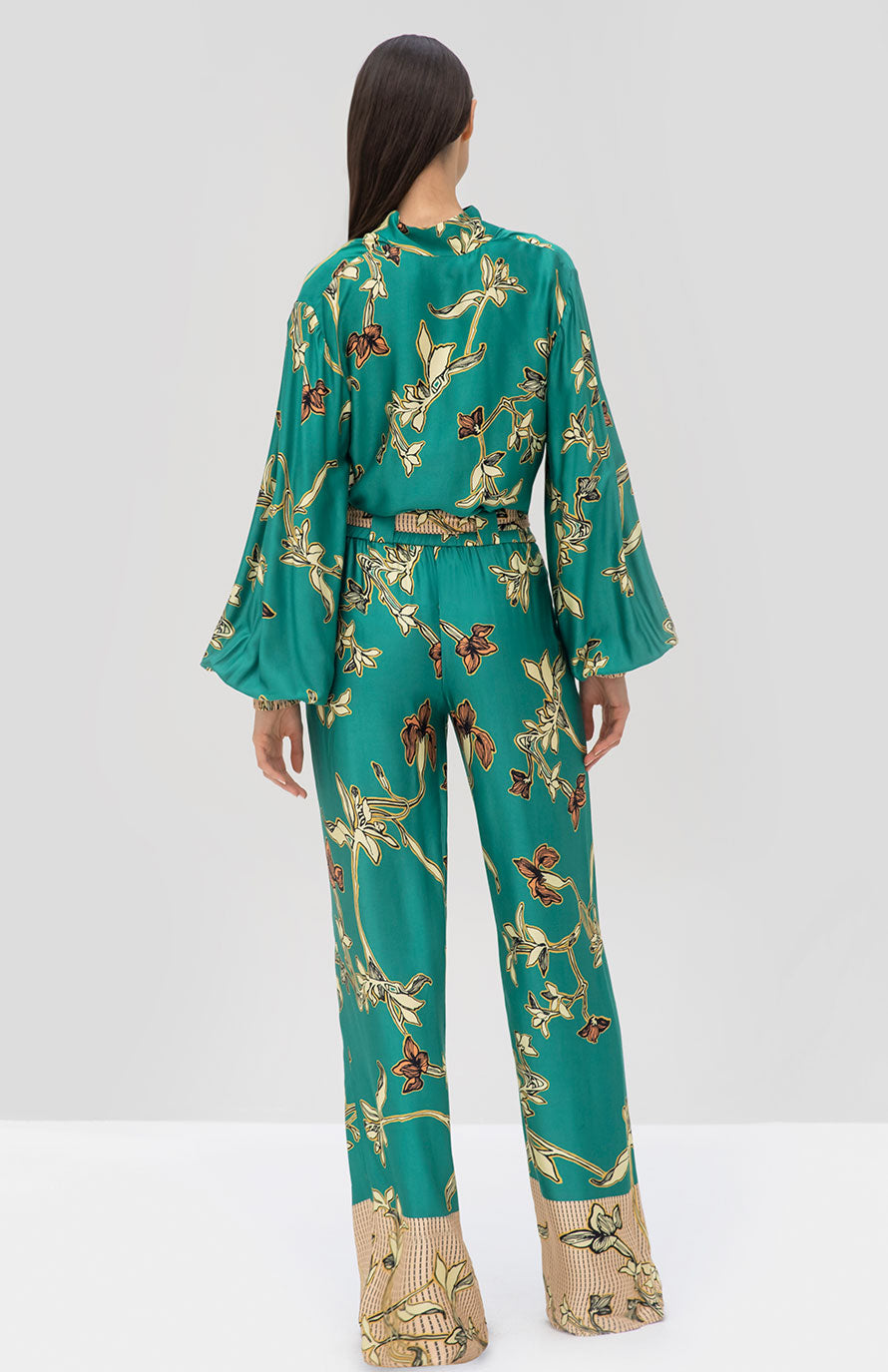 Alexis Paoli Top and Aviles Pant Jade Green Orchid - Rear View