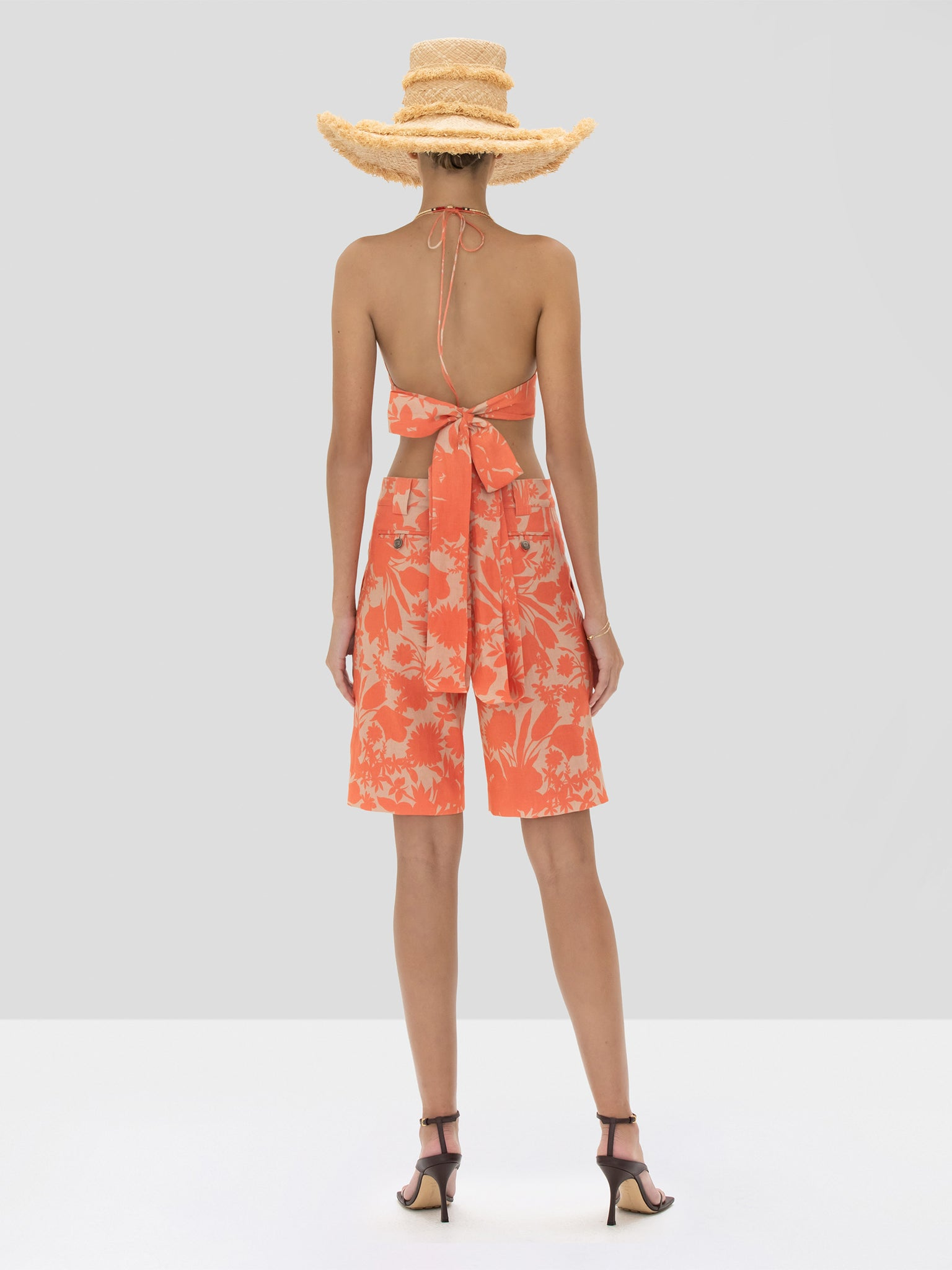 The Gaila Top in Sand Botanical from the Spring Summer 2020 Ready To Wear Collection. - Rear View