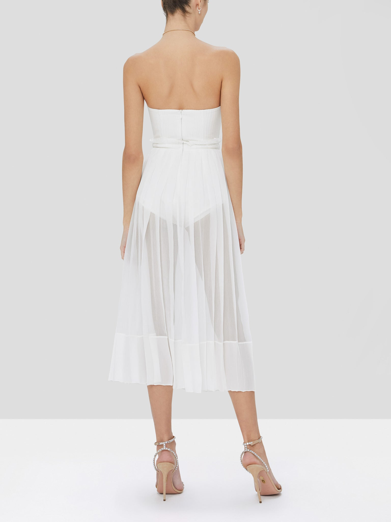 inasia dress in off white - Rear View