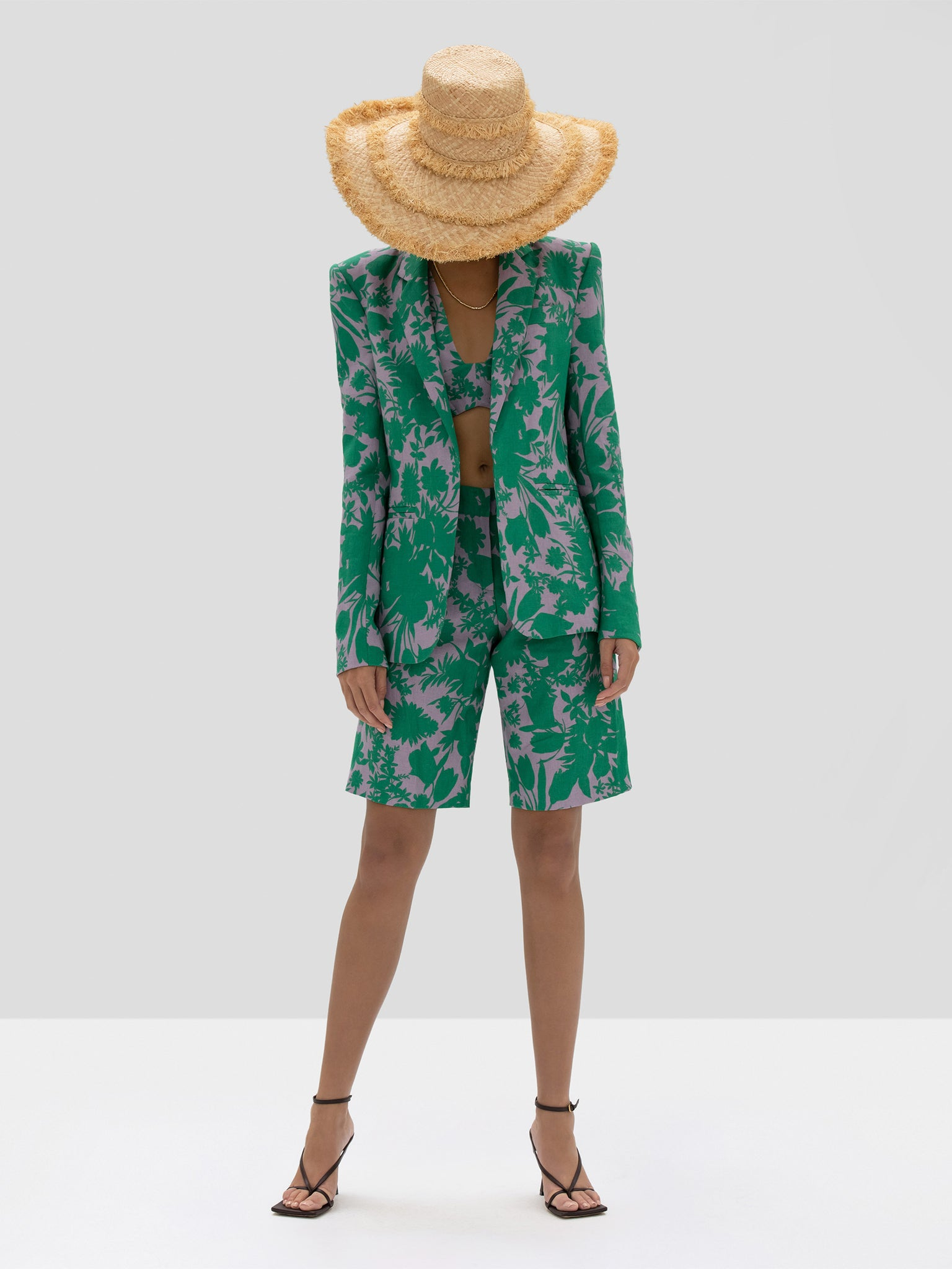 The Talbot Short in Emerald Botanical from the Spring Summer 2020 Ready To Wear Collection. - Rear View