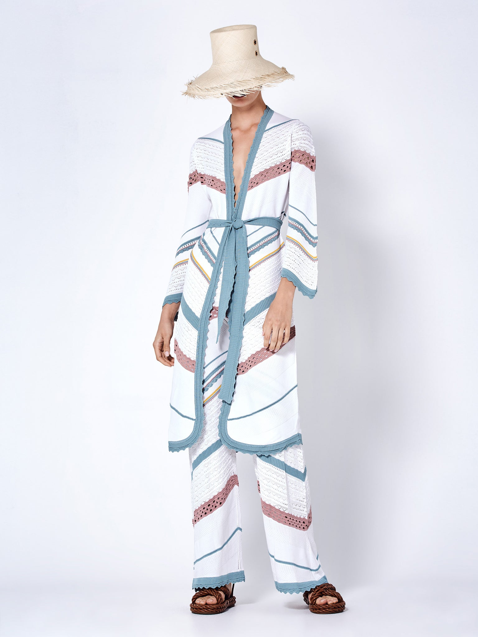 oanez duster white multi