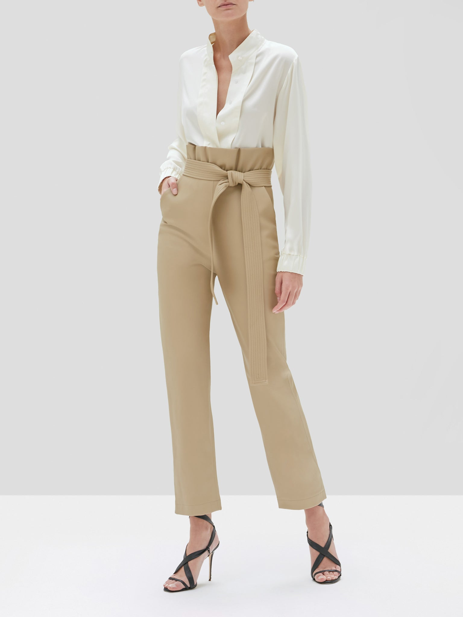 Kayden pant in taupe