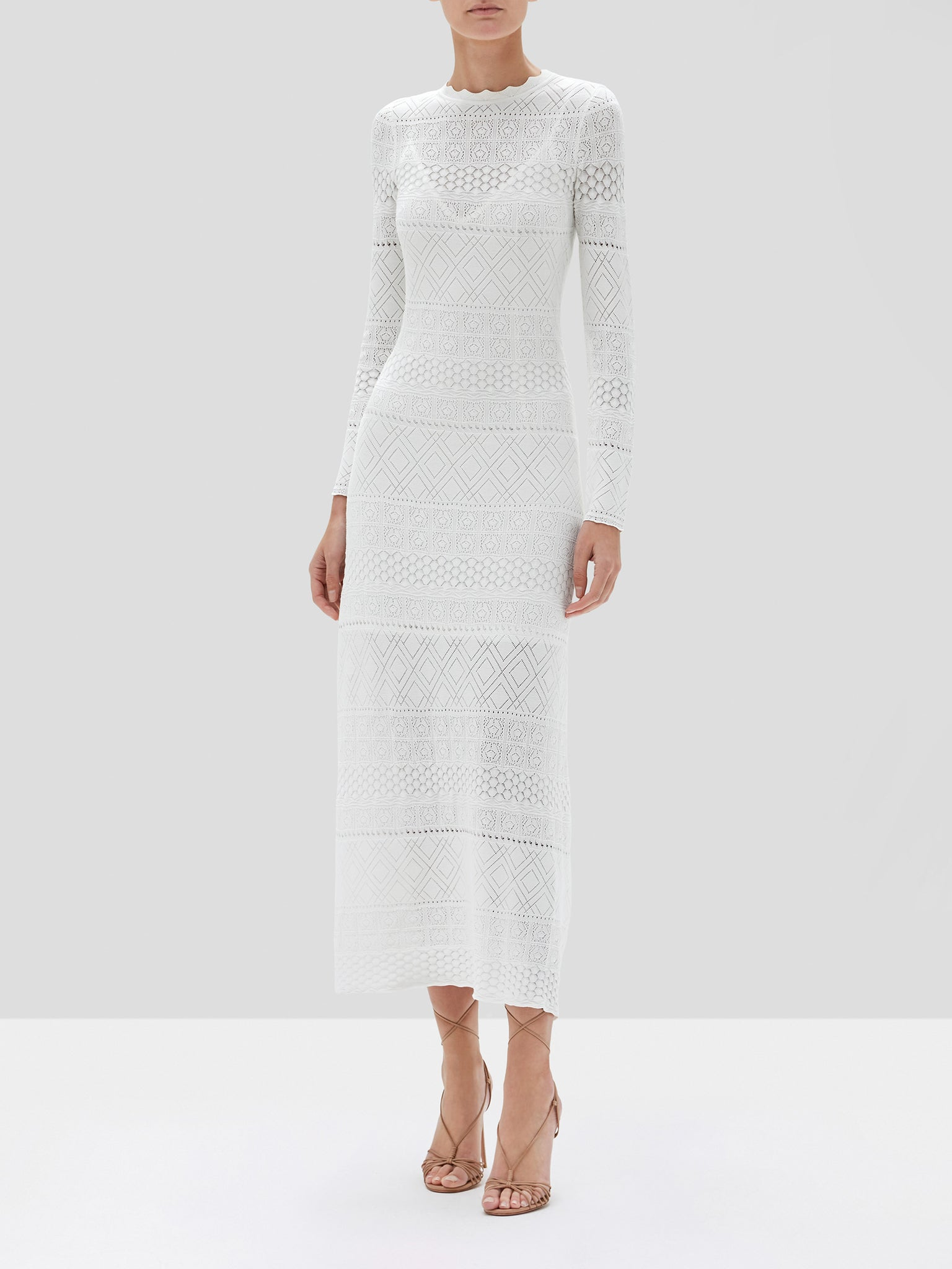 Volta dress in white front