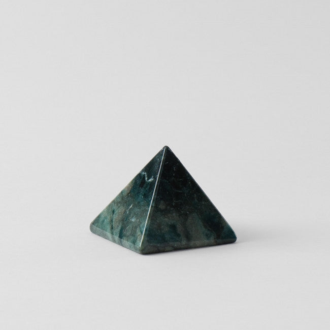 Moss Agate Pyramid (Strengthens Endeavors)