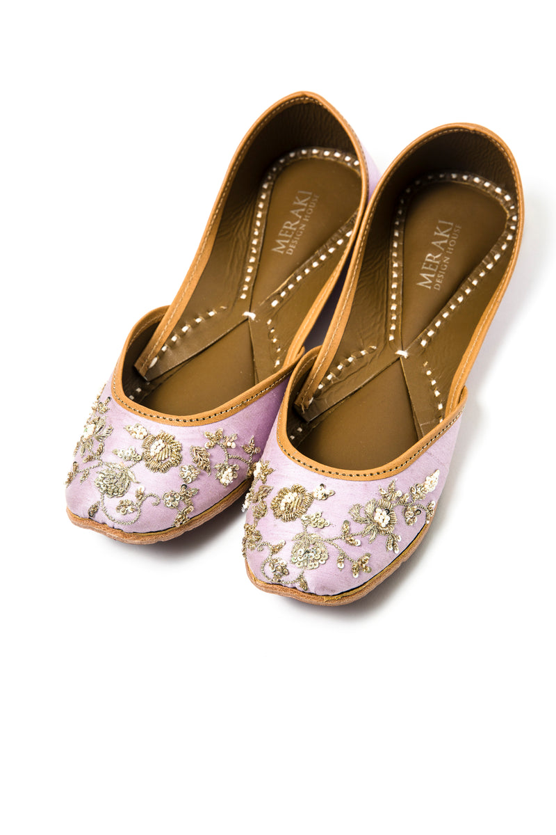 Lilac Handcrafted Flats, inspired by south asian Khussa/Jutti design. 100% Leather. Perfect for evening wear and weddings