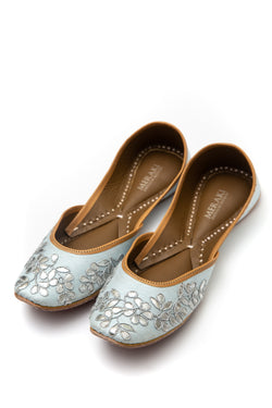 Handcrafted light blue flats, inspired by South Asian Khussa/Jutti design. Made with 100% genuine leather. Comfortable fancy flats perfect for any occasion. A classic flat designed with gota that goes perfectly with every outfit in your wardrobe.