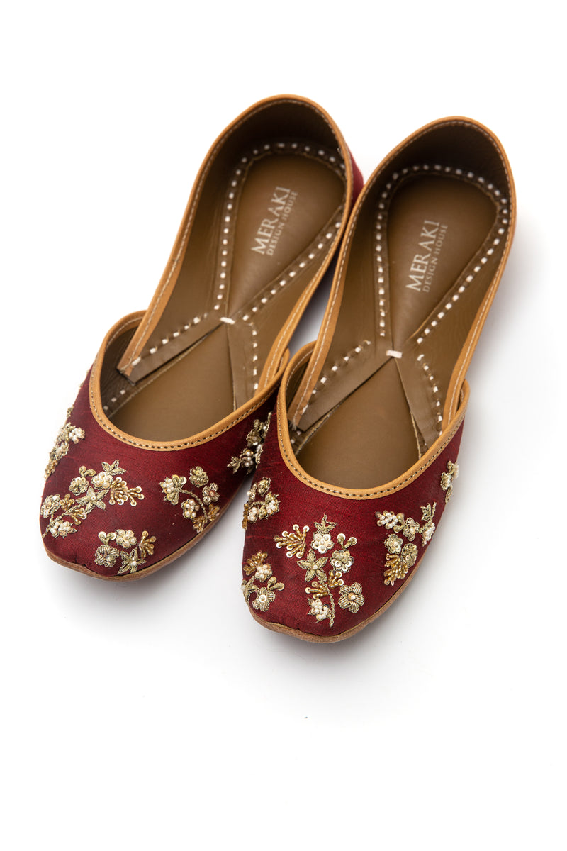 Handcrafted burgundy flats, inspired by the traditional form of South Asian Khussa/Jutti. Made with 100% genuine leather. Beaded flats perfect for any occasion, especially weddings.