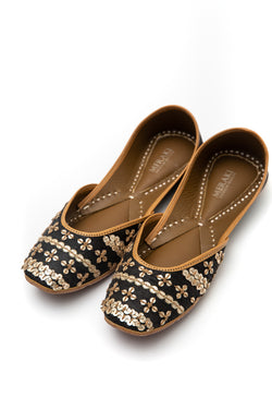 Handcrafted black flats, inspired by the traditional form of South Asian Khussa/Jutti. Made with 100% genuine leather. Beaded flats perfect for any occasion, especially nighttime weddings.