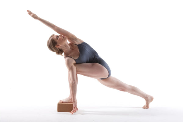 3 Reasons Why Yoga Helps You Lose Weight