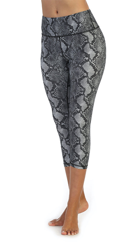 Snakeskin-High Waist-3-4 Length Leggings-front image