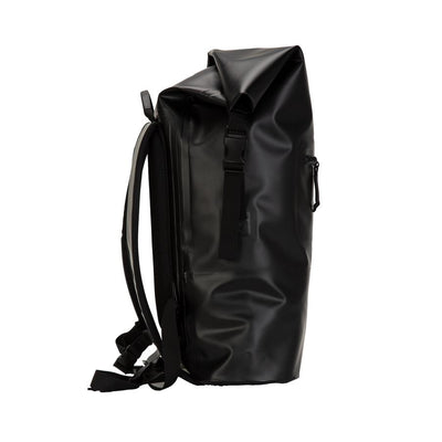 Octopus wetsuit dry bag backpack - side view