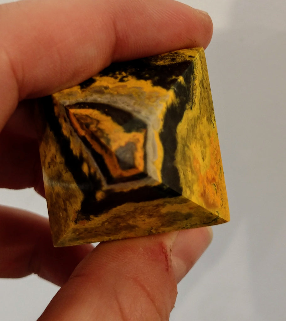 Bumblebee Jasper pyramids from Indonesia