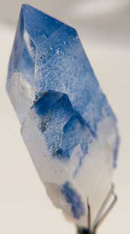 Dumorteirite with Quartz