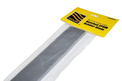 1/8'' NOTCHED RUBBER BLADE 24''