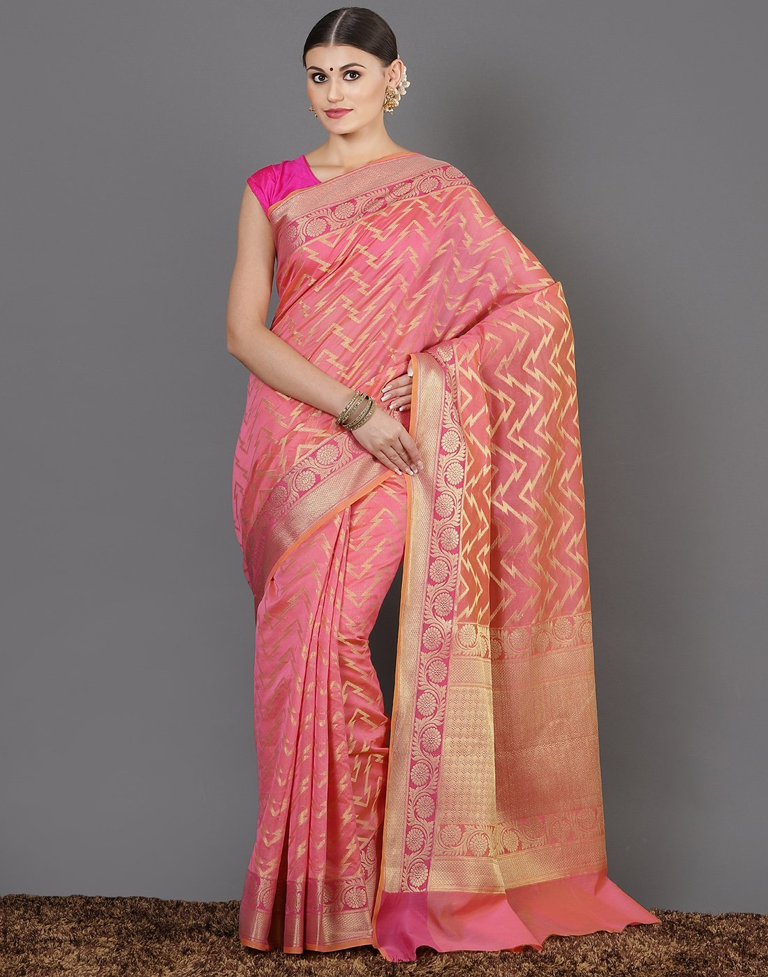 Meena Bazaar: Woven saree with zaari