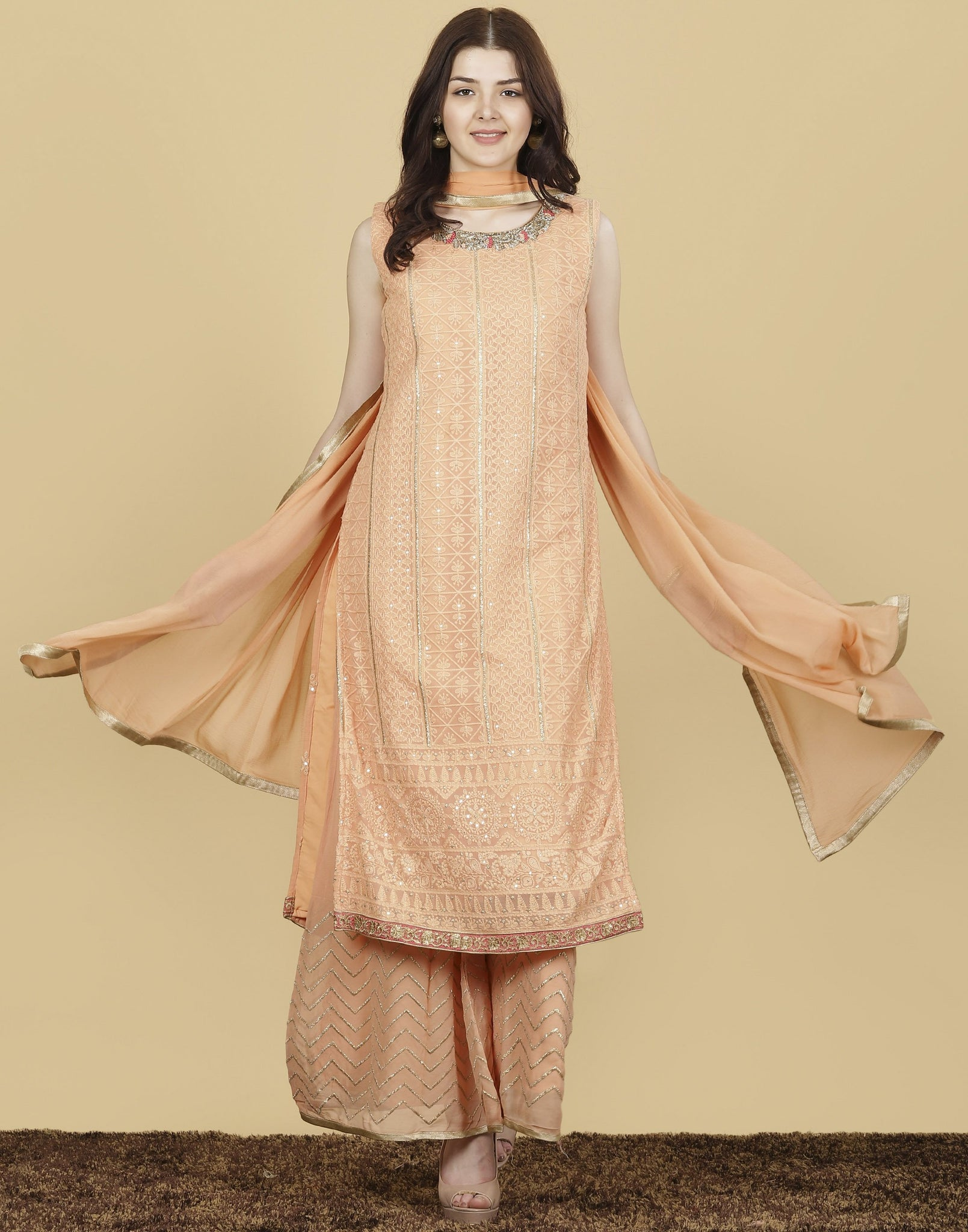 Meena Bazaar : Georgette Suit Set with Thread Embroidery