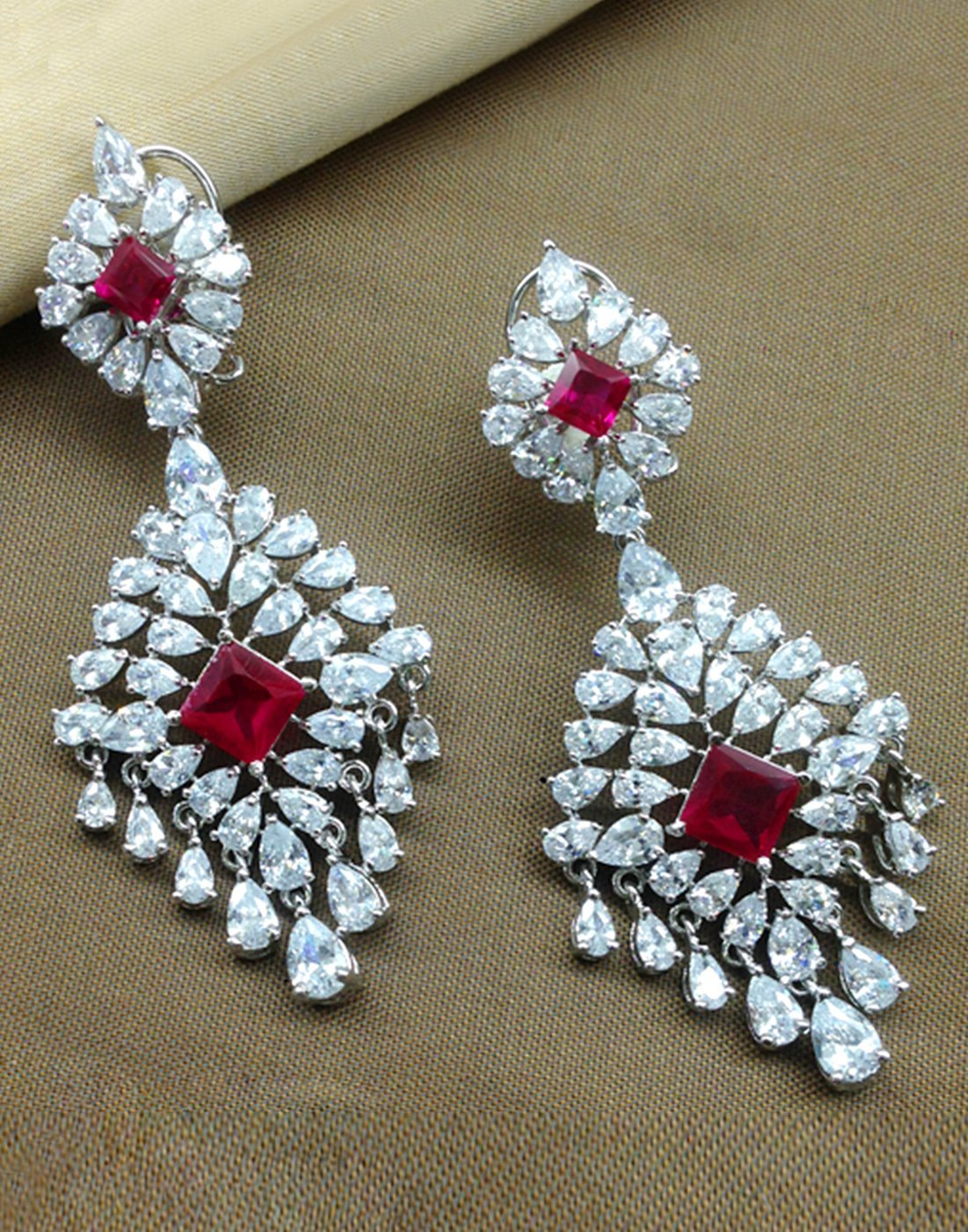 Beautiful Silver Plated Droped Earrings