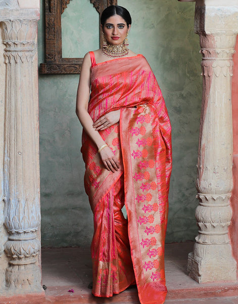 Banaras  Handloom Silk Saree With Zari Jaal Weaves
