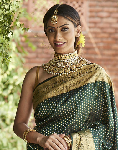 MBZ Meena Bazaar-Heavy Kundan with Pearl Bridal Set with Maang Tikka