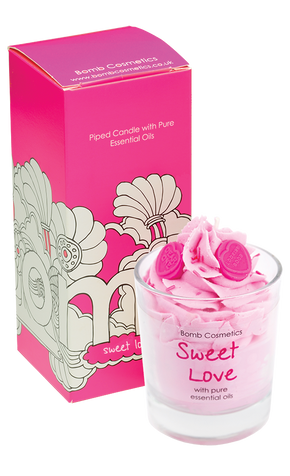 Bomb Cosmetics Sweet Love Piped Candle
