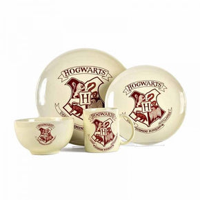 Half Moon Bay Harry Potter Dinner Set - Hogwarts Crest