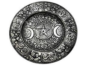 Spirit Earth Metal Triplemoon Plate