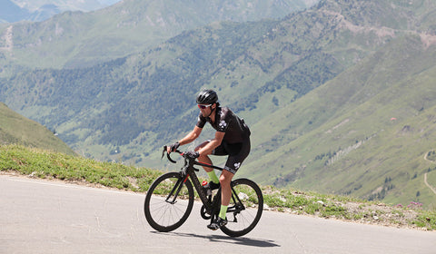 Yanto Barker - riding up Tourmalet