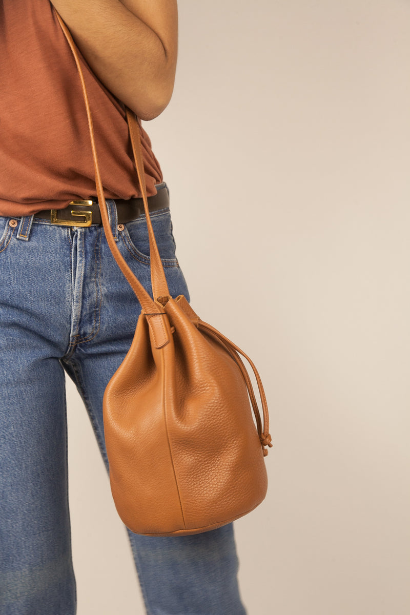 Leather Drawstring Bucket Bag in Caramel