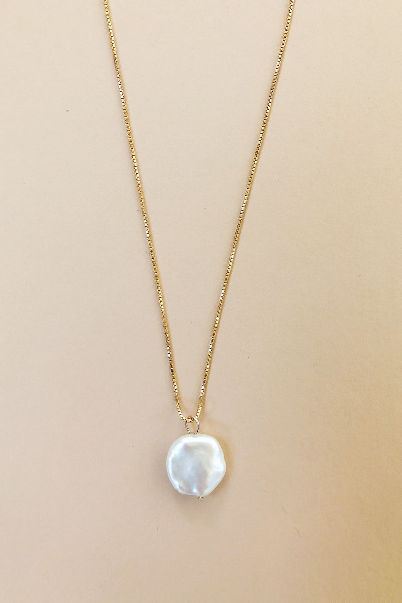 Perrier Pearl Pendant Necklace