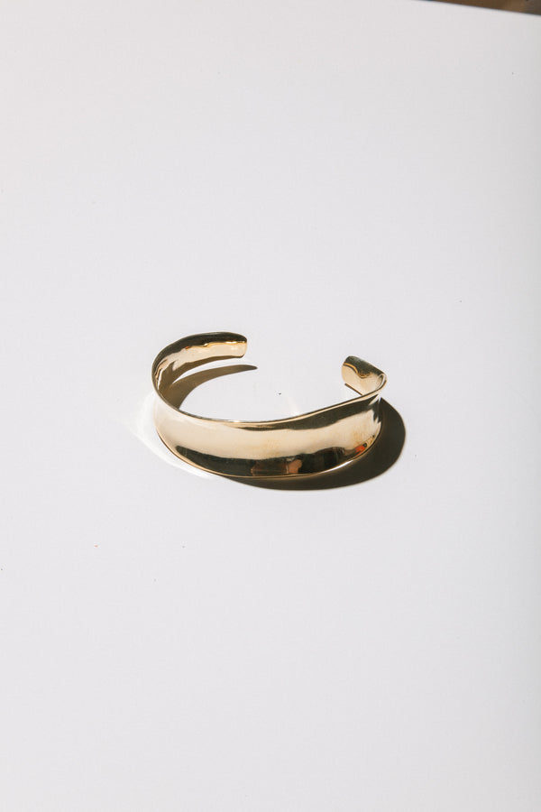 Versus Cuff in Bronze