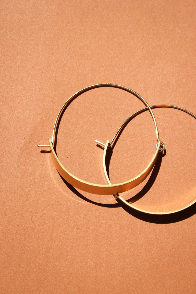 Large Round Modo Hoops in Brass