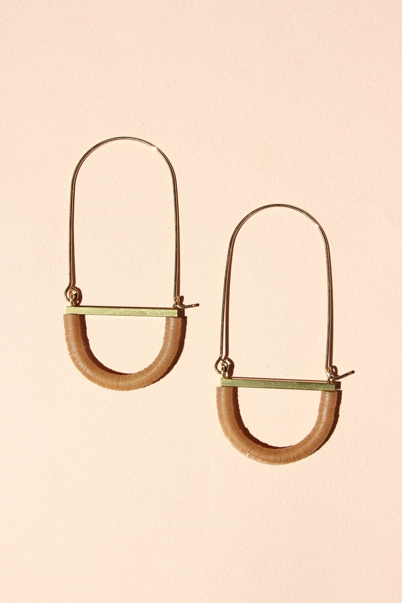 Adamo Earrings in Apricot
