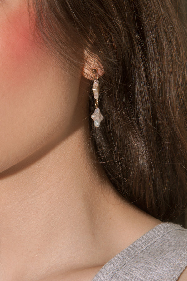 Falling Stars Pearl Earrings