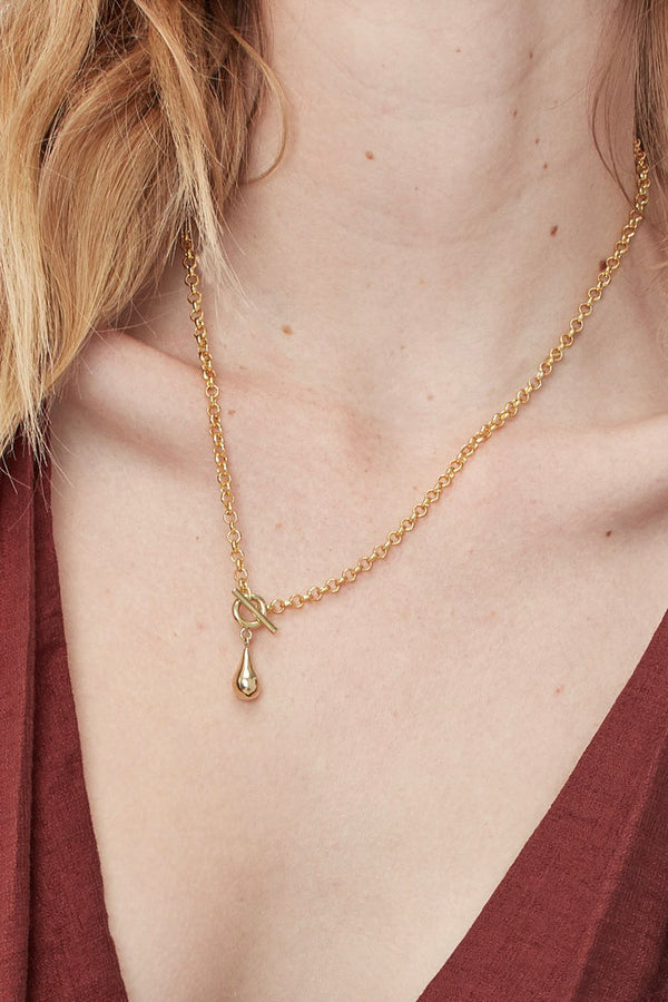 Delicate Dash Necklace