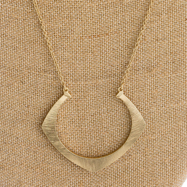 MOD HORSESHOE NECKLACE