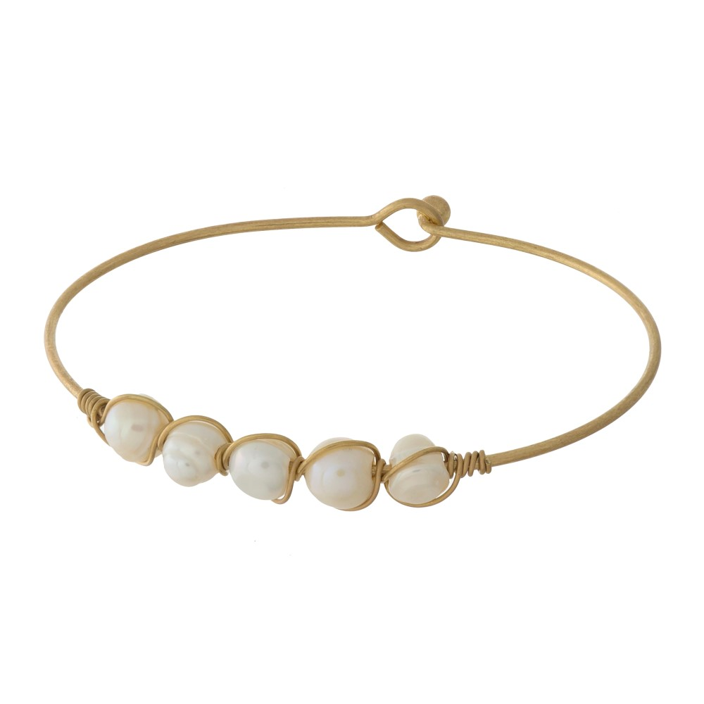 WHAT A PEARL BANGLE BRACELET