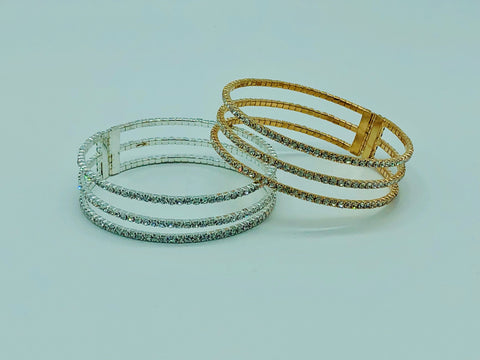GOLDEN PAVE CRYSTAL LEAF BRACELET