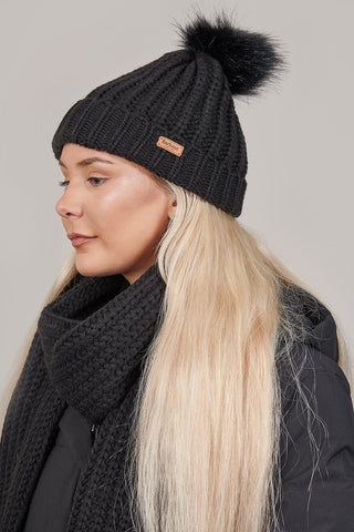 Barbour Ladies Black Saltburn & Beanie Gift Box