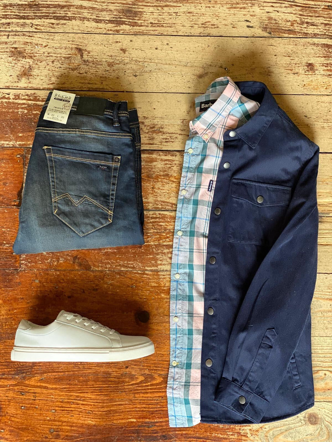 Barbour Overshirt & Sandwood Casual Look barbour-mortan-inky-blue-overshirt / barbour-sandwood-pink-cotton-check-shirt / blend-dark-wash-jeans