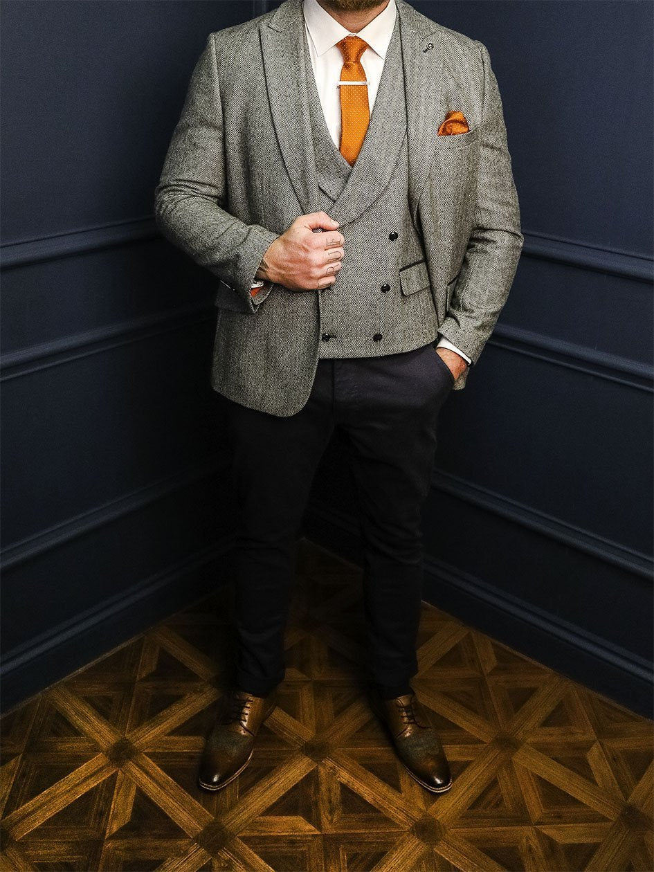 Bruce Casual Smart Look master-debonair-bruce-grey-herringbone-tweed-blazer / master-debonair-rathbone-navy-herringbone-tweed-waistcoat / master-debonair-bruce-grey-herringbone-tweed-trousers